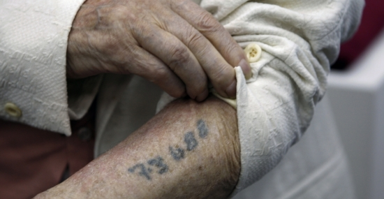 Holocaust survivors' memories help researchers map brain circuitry for gratitude